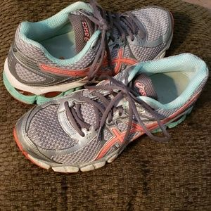 asics Athletic Shoes Has arch  support